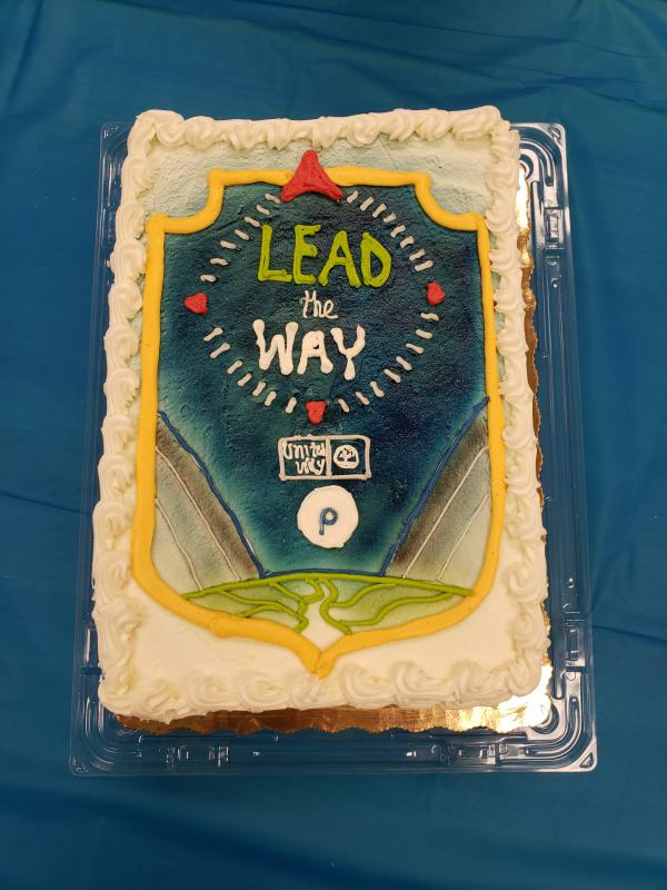 Searstown Publix made an impressive cake designed with the Publix United Way campaign logo.